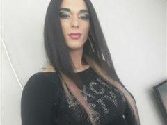 Noua apariie pentru prima data in oras transexual