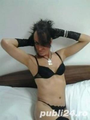 Transsexuala matura naturala nu barbat travestit cu peruca !!! buna la pat nu ezita !!!