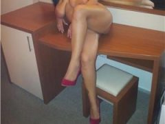 Dominatrix Daiana -imi vand chilotii purati-I sell my panties online